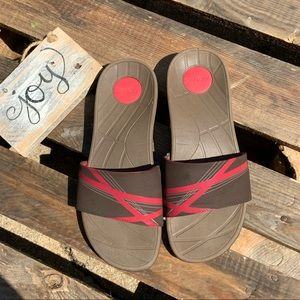 🎈NEW LISTING! Vionic Sprint Sandals Slides Size 7